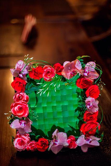 Букет невесты с жасмином и розами - Цветочная рамка