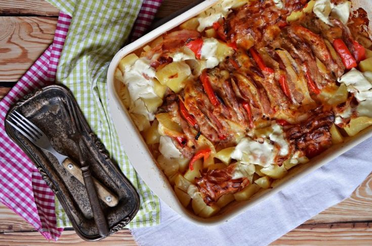 Zsebes karaj, vele sült tejfölös burgonyával – Rupáner-konyha