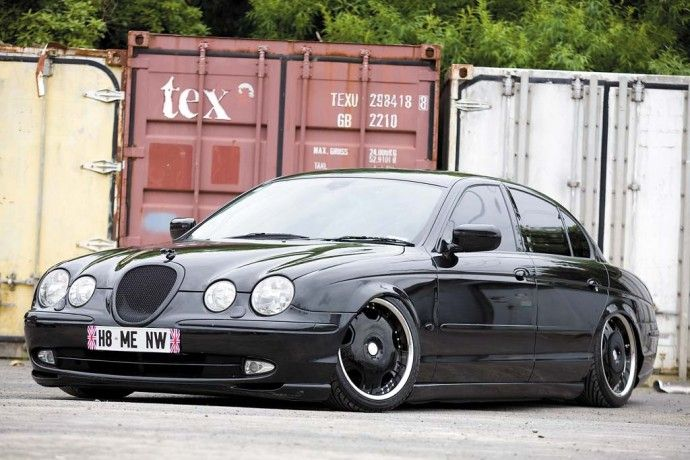Uncommon car that is stanced - Jaguar X-Type
