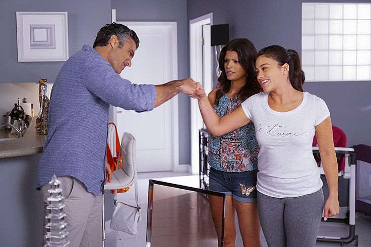Don't miss dynamic duo Gina Rodriguez and Jamie Camil on #JaneTheVirgin Monday nights @ 9pm on CW56!