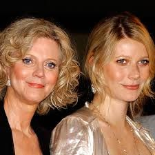 Blythe Danner and Gwyneth Paltrow - mother and daughter: the two fabulous women.