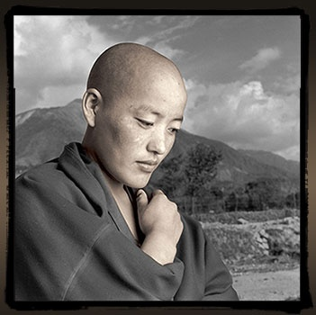buddhist single men in eight mile Rodney ohebsion buddhist folktales and parables the father a young single father had a son that he loved more than anything in the world one day while the father was away, some plunderers burned down most of his village and kidnapped the little boy.