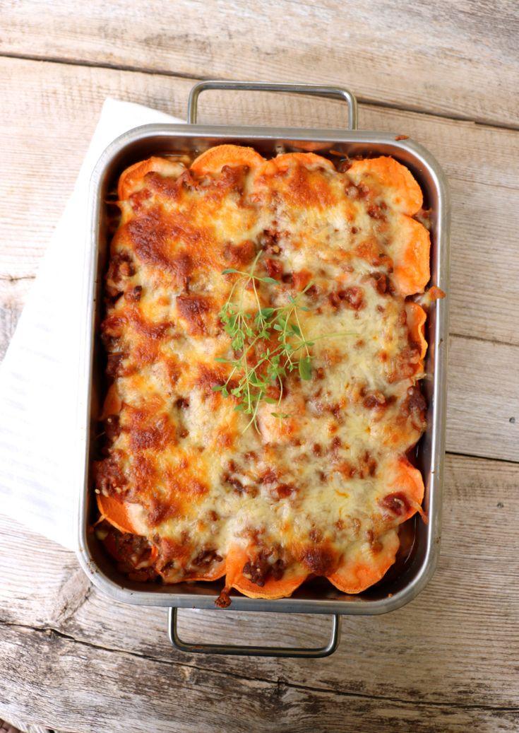 Hei og god fredag alle sammen!Idag har eg en typisk helgemiddag til dere, søtpotet lasagne! Det e...