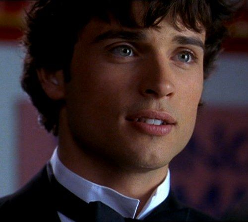 Tom Welling...be my Superman