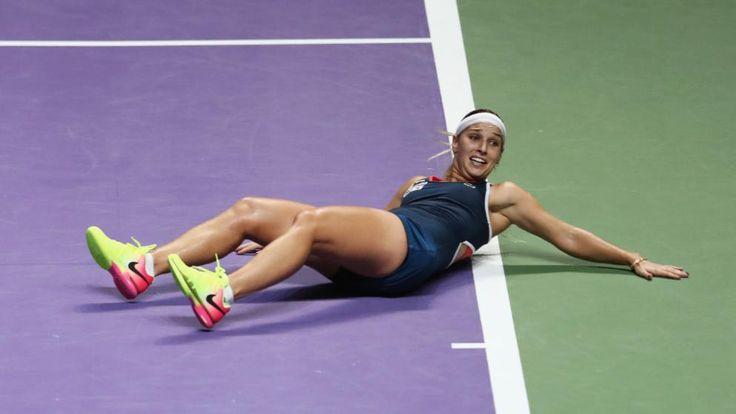 Glücks-Schock! Nach dem Sieg-Netzroller fällt Dominika Cibulkova überwältigt um