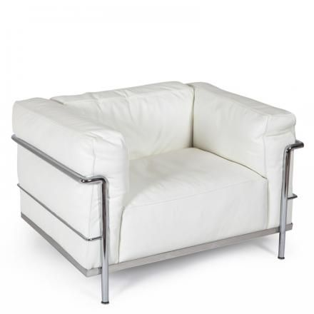#LC3 by #LeCorbusier for #Cassina. Simple and essential - a classic #design #armchair #homedecor