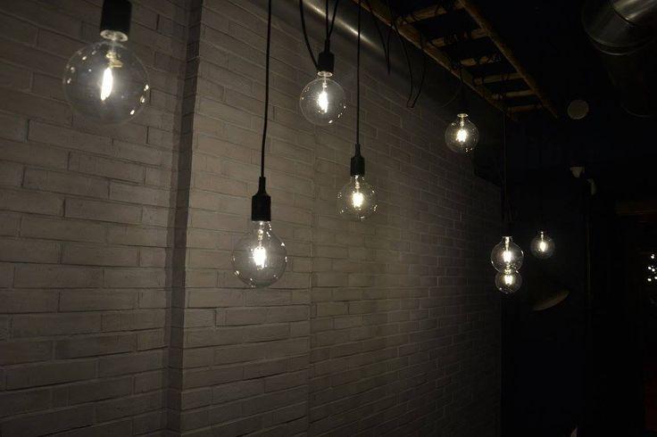 King Coffee Food, Cool Stuff  Industrial design food fastfood shop light bulb vintage wall white brick