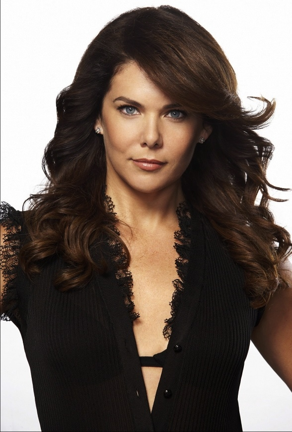 Lauren Graham. Love her hair here.
