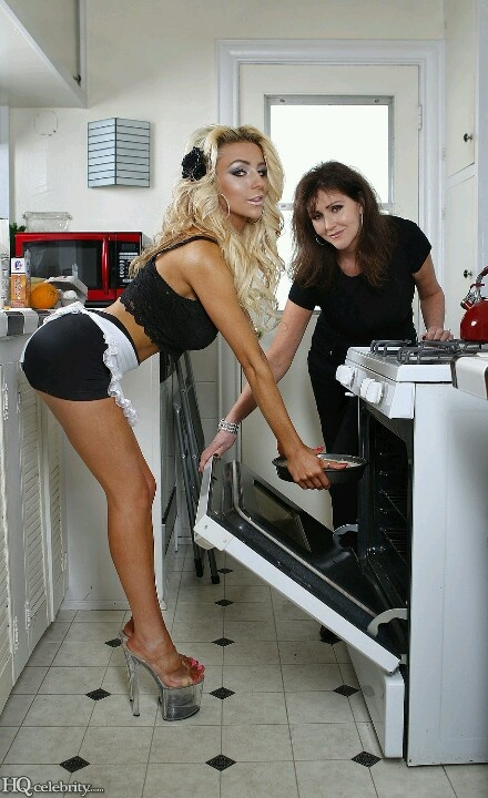 Courtney Stodden With Momager Krista If I Had A Wife