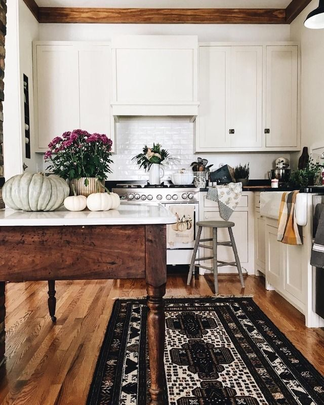 White Kitchen Cabinets Black Countertops Black White Rug