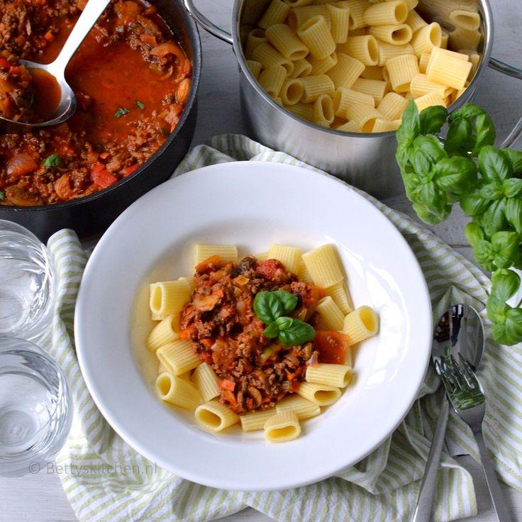 Rigatoni_pasta_met_gehakt_champignons_en_wokgroente_2-001