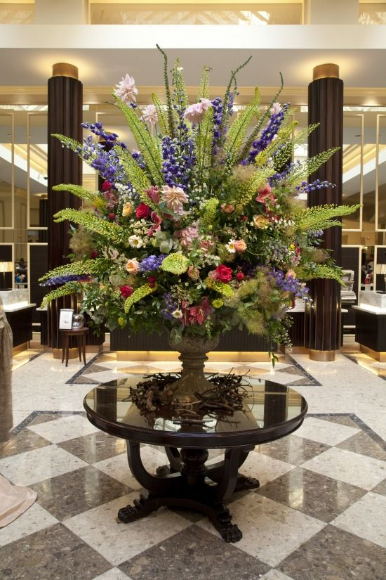 Floral arrangement for a grand entrance pinteres for Foyer flower arrangement