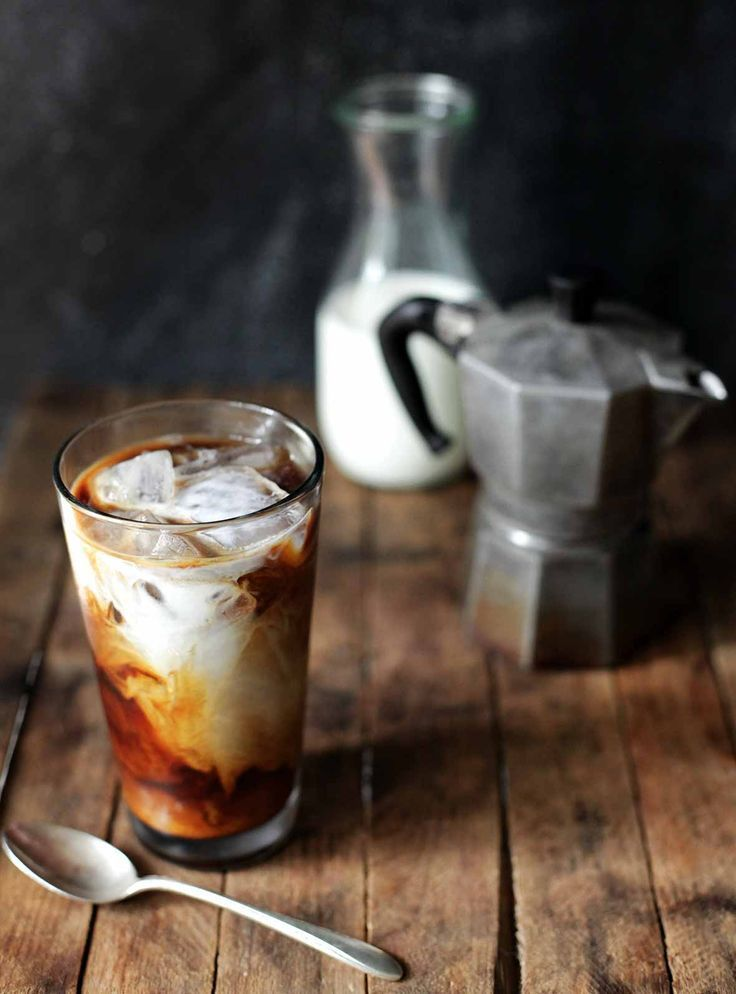 How To Make Cold Brew Coffee (This cold brew coffee recipe tells you the perfect ratio of coffee grounds to cold water.)