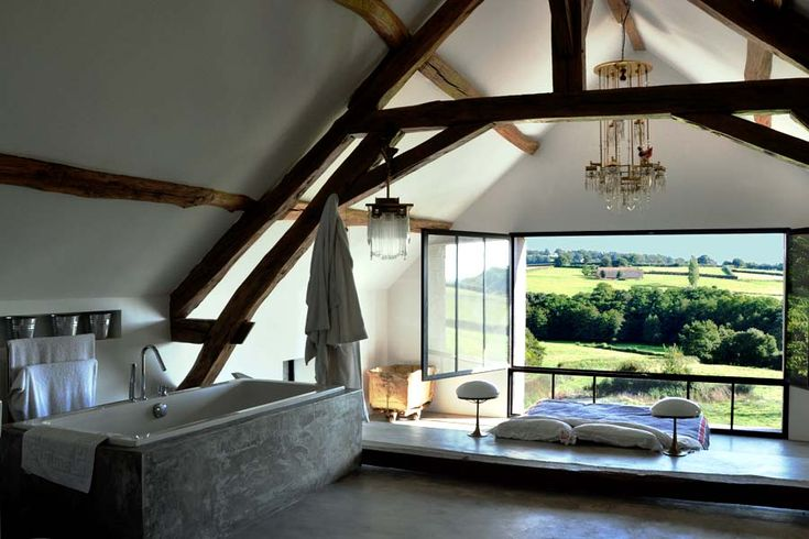 Modern remodel on ancient building... so gracefully done... I think I'm in LOVE... (Bourgogne, France)