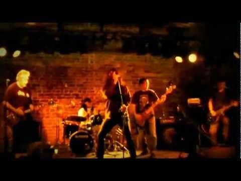69BC - Throne of Blood - Live at the Sando (Sandingram Hotel) Newtown, Sydney. 15 January 2012