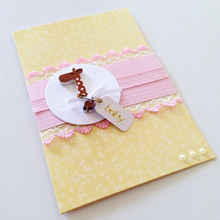 Baby girl card with cute little giraffe and finished off with a safety pin! Made by Pammypumpkin!