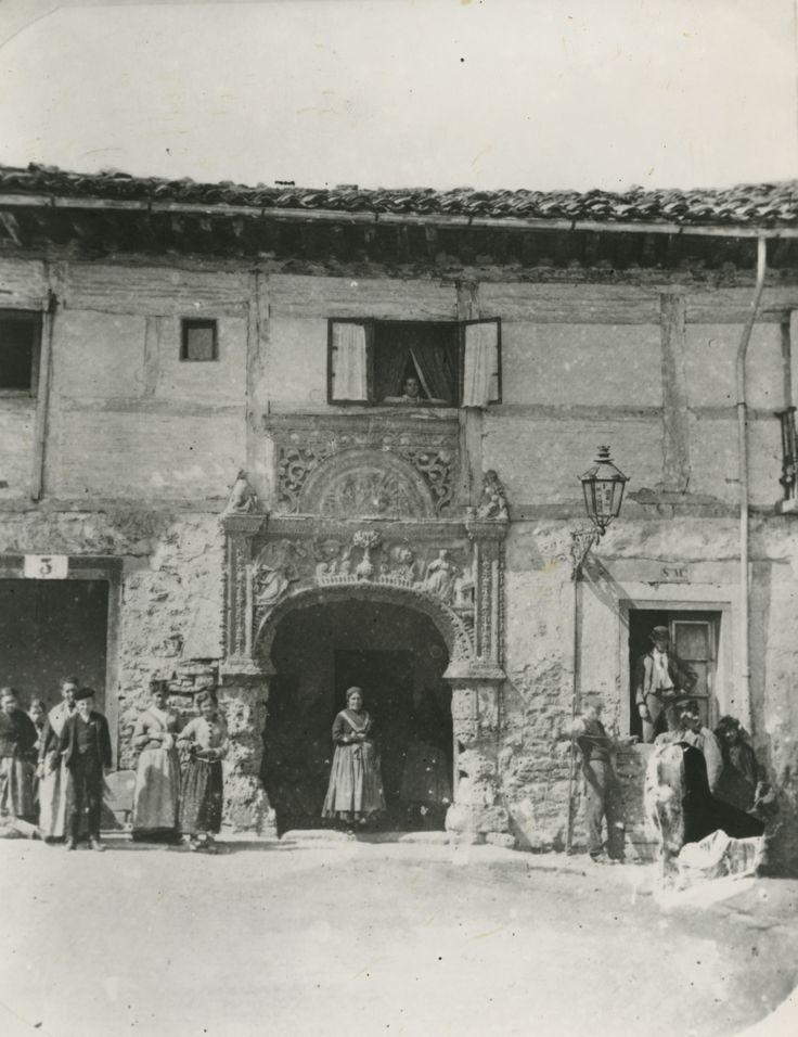 Fachada del antiguo hospital de Santa María. Año 1882