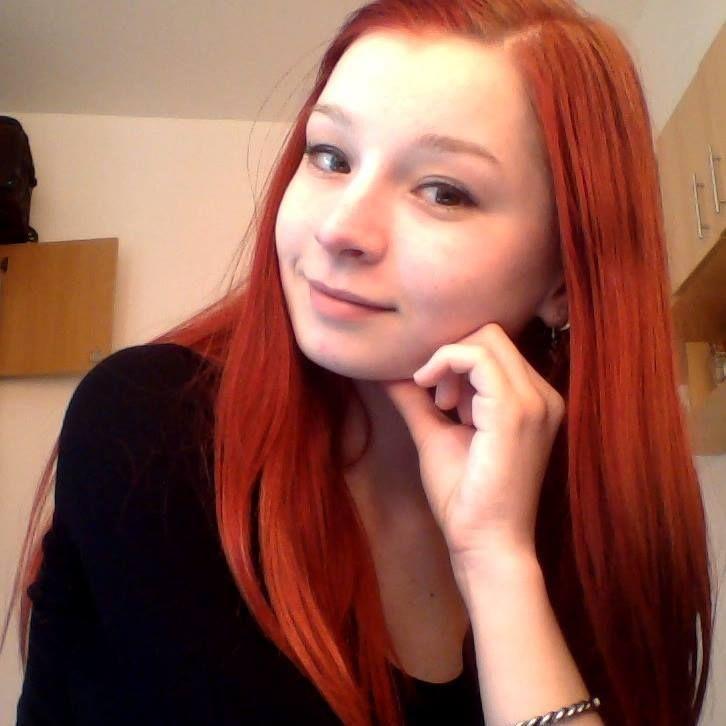 Elena Druta, author of Fiind Imagine. Eseuri din adolescenta red, redhead, redhair, author, young author, portrait, girl, european, literature, author, fiind imagine, elena druta, young, romanian