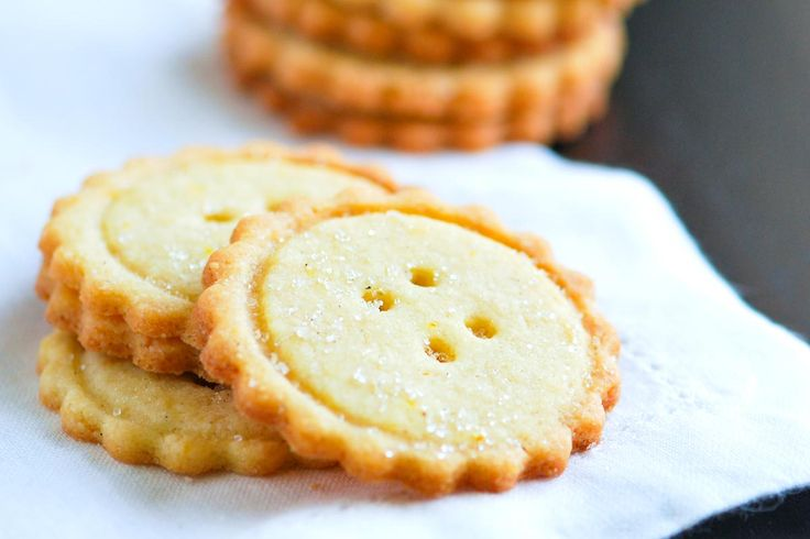 Extra easy butter cookies recipe made with butter, flour, sugar, lemon zest and orange zest. Plus tips for making them look like buttons!