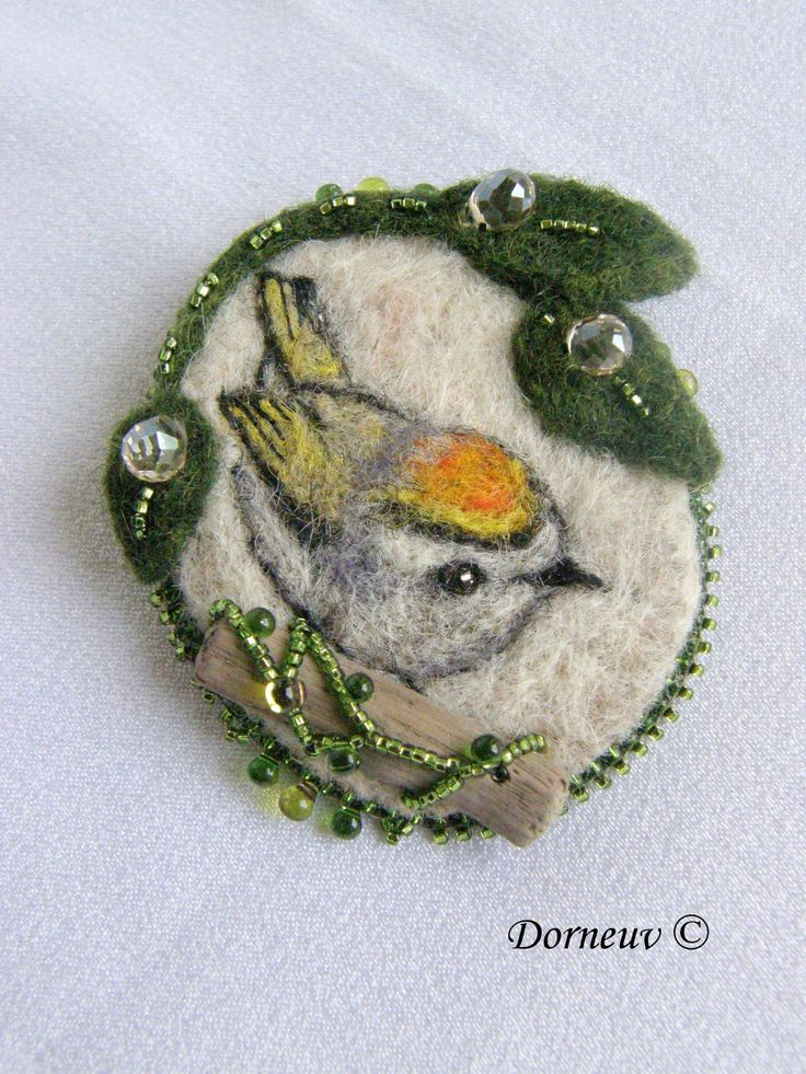 Felted little bird picture