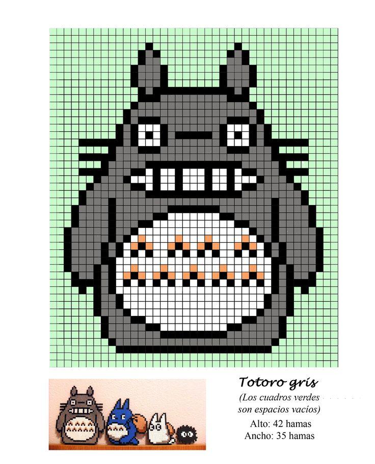 Totoro gris punto de cruz