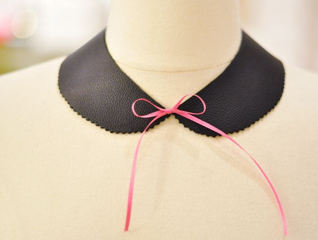 qt: Leather Peter, Diy Leather,  Bowties, Bows Ties, Peter Pan Collars, Pink Bows, Collars Necklaces, Necklaces Diy,  Bow-Tie