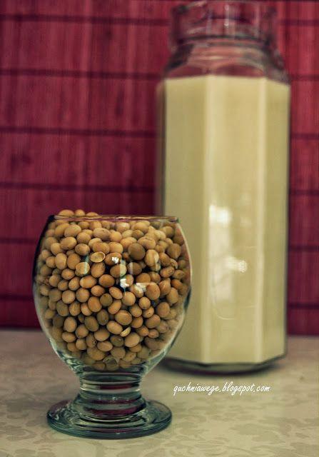 Mleko sojowe o smaku kokosa - domowy sposób na mleko roślinne