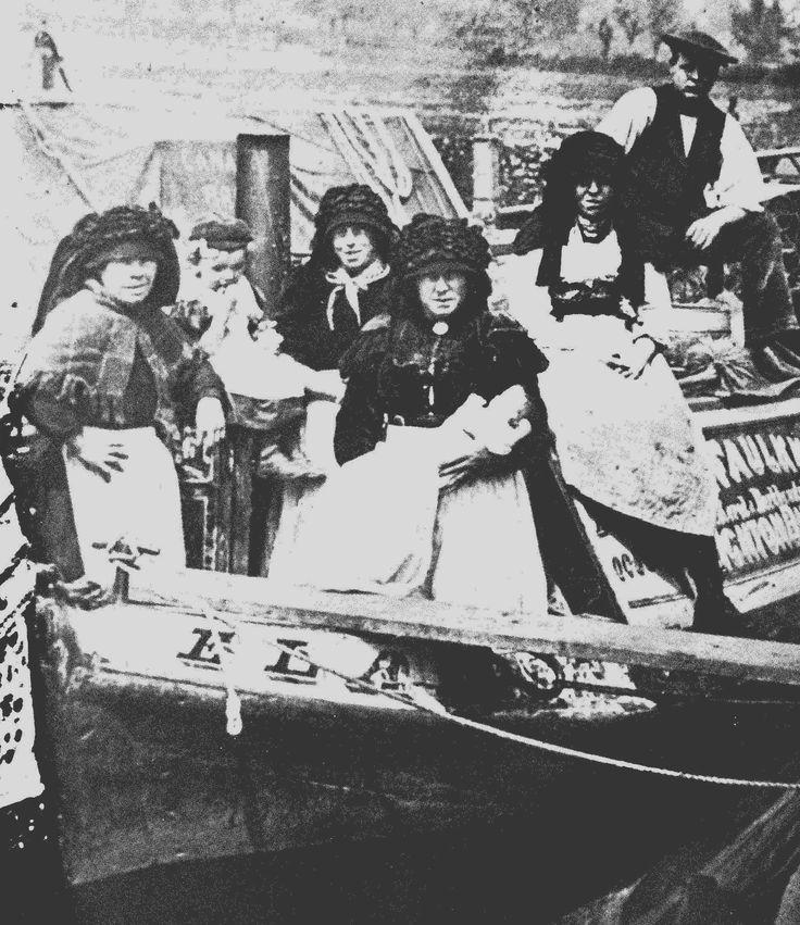 A Faulkner boat at Buckby GUC (prob. Christening). 1913