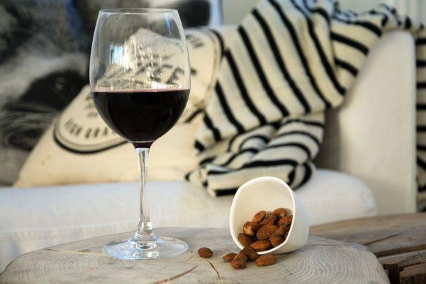 Saltede sprøde lakridsmandler - en opskrift, som er perfekt til et godt glas rødvin, et tapasbord eller bare en skøn snack
