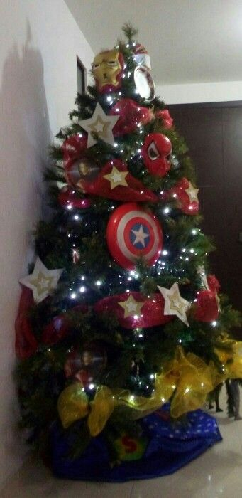 Arbol de Navidad de super heroes