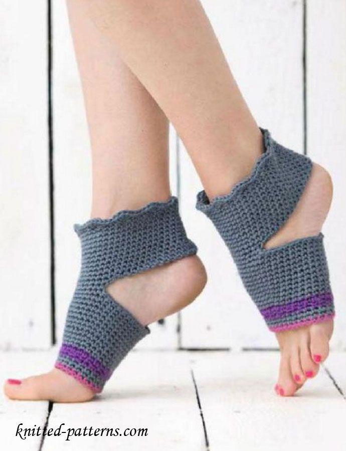 Crochet yoga socks free pattern