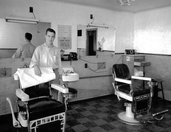 Man Cave Barber Murfreesboro Tn : Best images about vintage barber shops on pinterest
