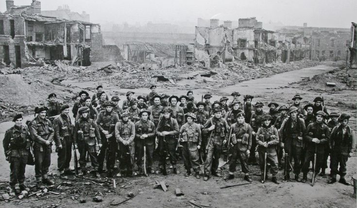 No.3 Commando 5 troop - Limehouse 1944