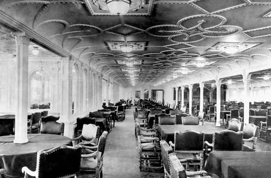 Titanic titanic 39 s first class dining saloon the first Who was on the titanic in first class