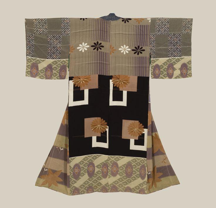 An antique silk 'juban' (under-kimono) featuring silk-screened sample-patterns. Mid-Meiji era (1880-1900), Japan. The Kimono Gallery