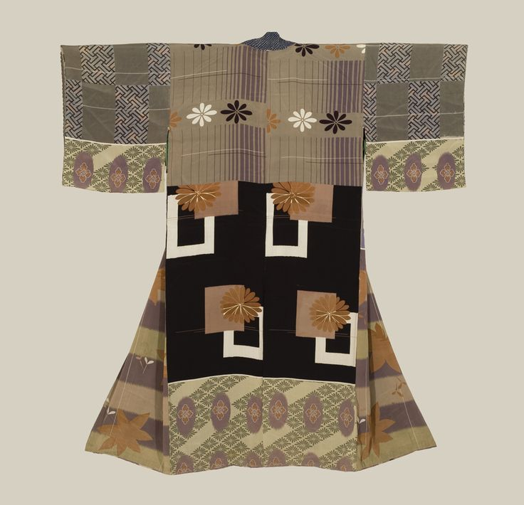An antique silk 'juban' (under-kimono) featuring silk-screened sample-patterns.  Mid-Meiji era (1880-1900), Japan.  The Kimono Gallery