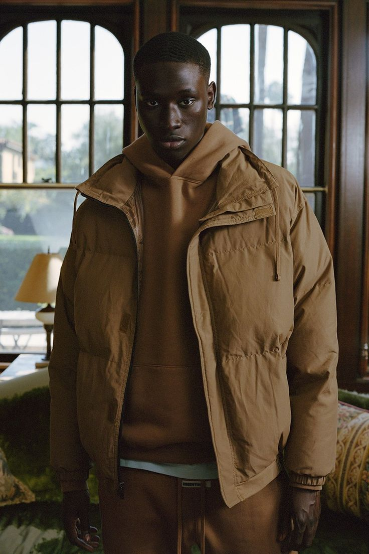 Fear of God ESSENTIALS Cozies up This Holiday 2019 in Fleeces. Hoodies & Sweatpants | Activewear trends. Lounge wear. Military jacket