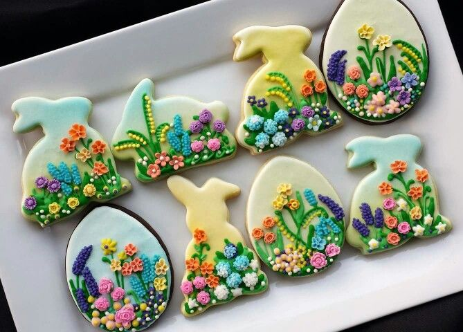 Cookieology:  Floral rabbit for Easter or spring.