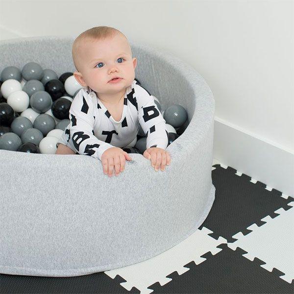 Ballenbad - ball pit - rond - grijs - Misioo - incl 200 ballen #kidsroom #playtime #blackandwhite #monochrome #littlethingz2