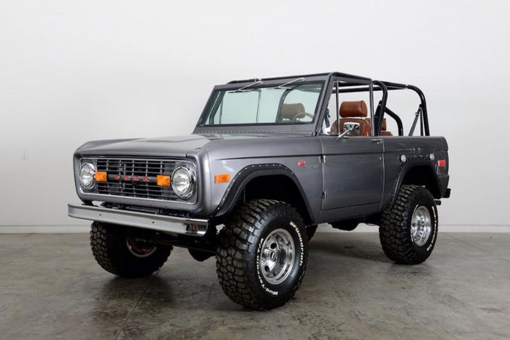 These Custom Classic Ford Broncos Are Absoltuely Insane   Airows