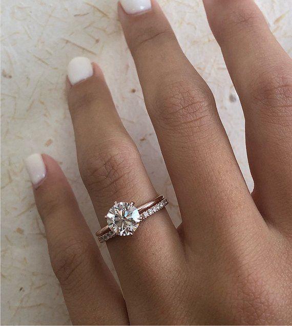 Diamond Engagement Ring Round Brilliant Diamond Bridal Set Etsy Diamondringsvin Round Diamond Engagement Rings Engagement Rings Round Round Engagement Rings