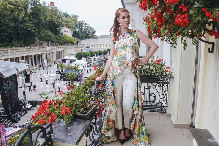 dress/Zuzana Vesela, shoes/zoot, bracelet/Parazit fashion shop