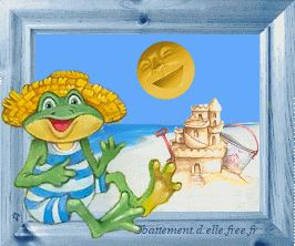 gif animé vacances été une grenouille en maillot de bain à rayures et chapeau de paille fait semblant de jouer de la guitare sur la plage devant le soleil hilare
