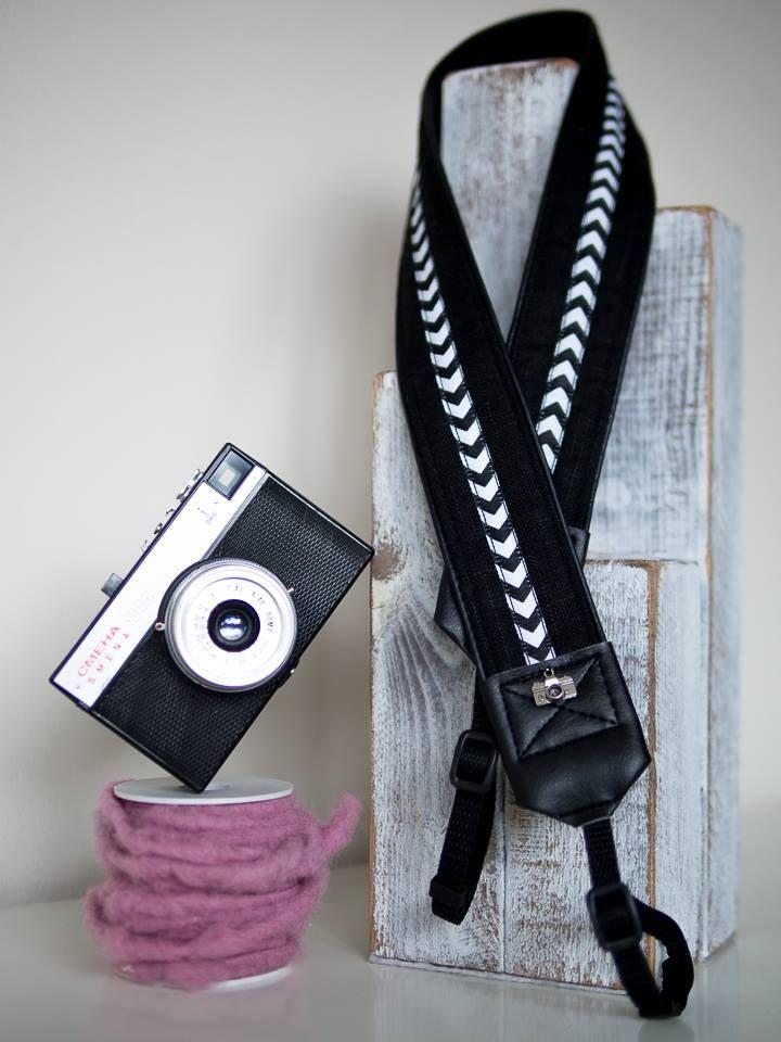 modny chevron w czerniach, pasek do aparatu, camera strap