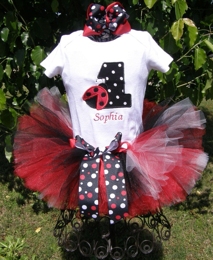 Made me think of Lainey!!!  Ladybug Birthday Tutu Set