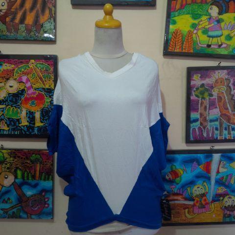 Kaos Spandek Jumbo Bahan kaos spandek, dingin, tidak panas,nyaman, ringan. Sangat cocok dipakai dalam segala suasana. Lingkar dada 140cm