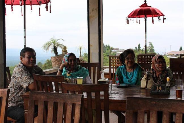 Santap Siang di RM Saras Bedugul Bali