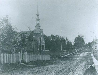 Vue de l'église de Ste-Agathe-de-Lotbinière en 1906. Photo 2570 - PHSL