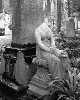 Mid-Western Ghosts and Hauntings: The Headless Woman of Forest Hill Cemetery (Pearl Bryan) - Greencastle, Indiana