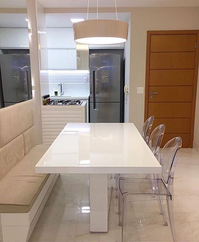Canto alemão: ótima solução para pequenos espaços. Amo❣️ @pontodecor {HI} Snap: 👻 hi.homeidea www.homeidea.com.br #bloghomeidea #olioliteam #arquitetura #ambiente #archdecor #archdesign #hi #cozinha #homestyle #home #homedecor #pontodecor #homedesign #photooftheday #love #interiordesign #interiores #picoftheday #decoration #world #lovedecor #architecture #archlovers #inspiration #project #regram #canalolioli #apartamentocompacto